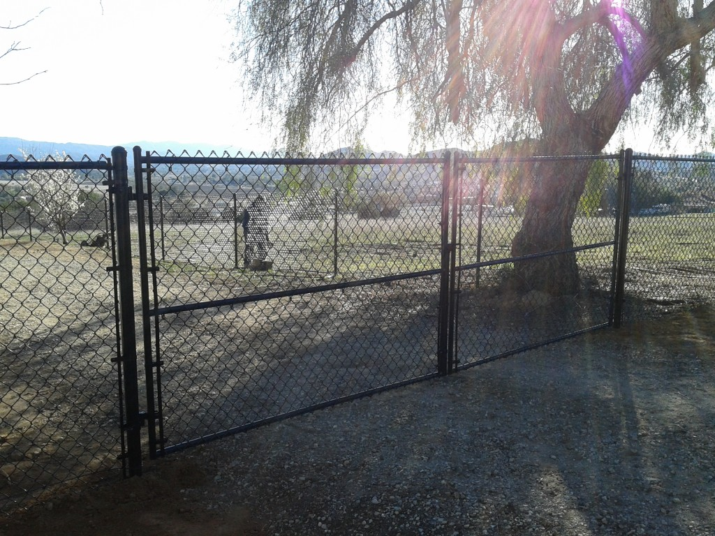 Why Choose A Professional Chain Fencing Contractor? - Potter Fence ...